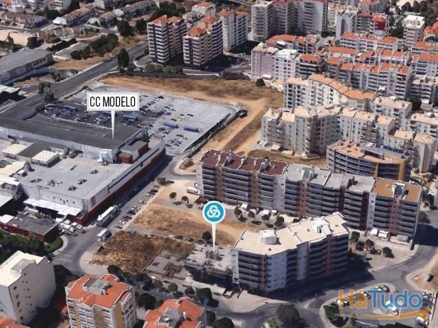 Prédio á venda para concluir em Faro