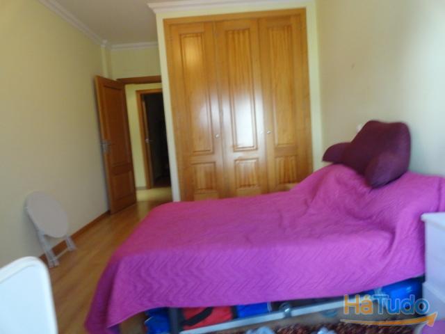 Apartamento T3 usado à venda em Faro