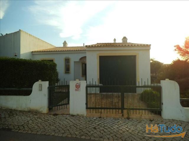 Moradia T4+1 á venda em Faro