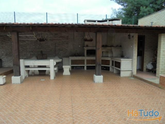 Moradia T3 à venda em Baguim do Monte