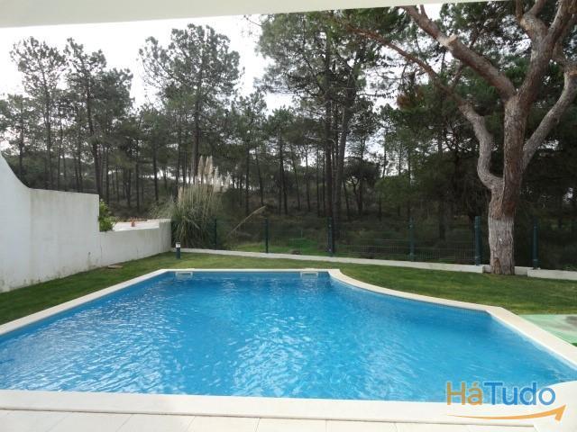 Moradia de Luxo com piscina à venda  Faro