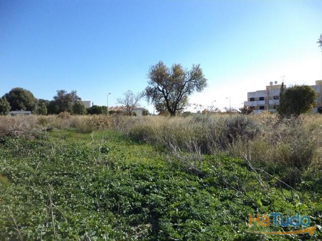 Terreno para construção à venda em Faro