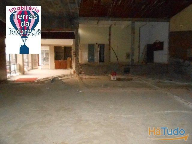 Loja Comercial / Cinema com 200 m2