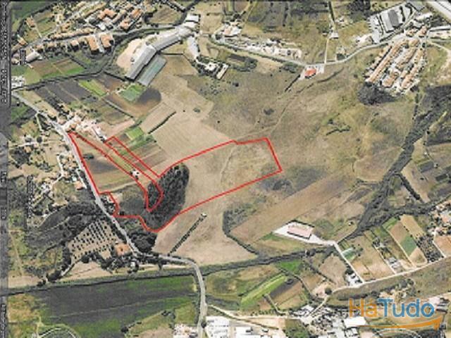 Lote Industrial Construção Armazéns Logísticos, Perto Parque Nações, Lisboa, Loures, Portugal