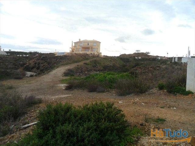 Terreno à venda em Faro