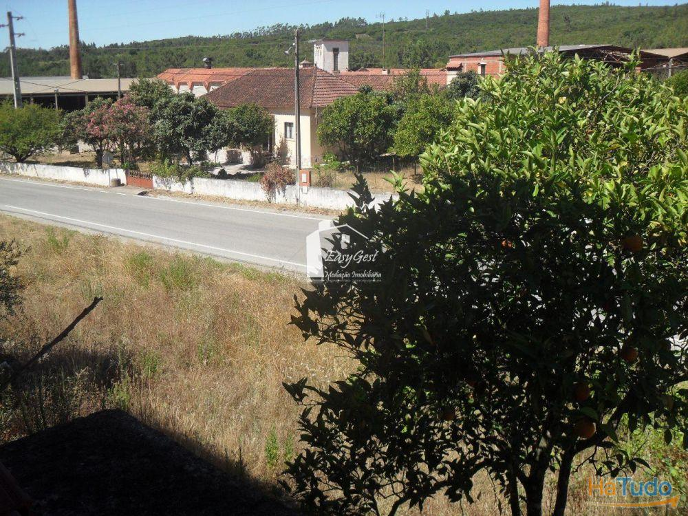 Terreno em Abrã.