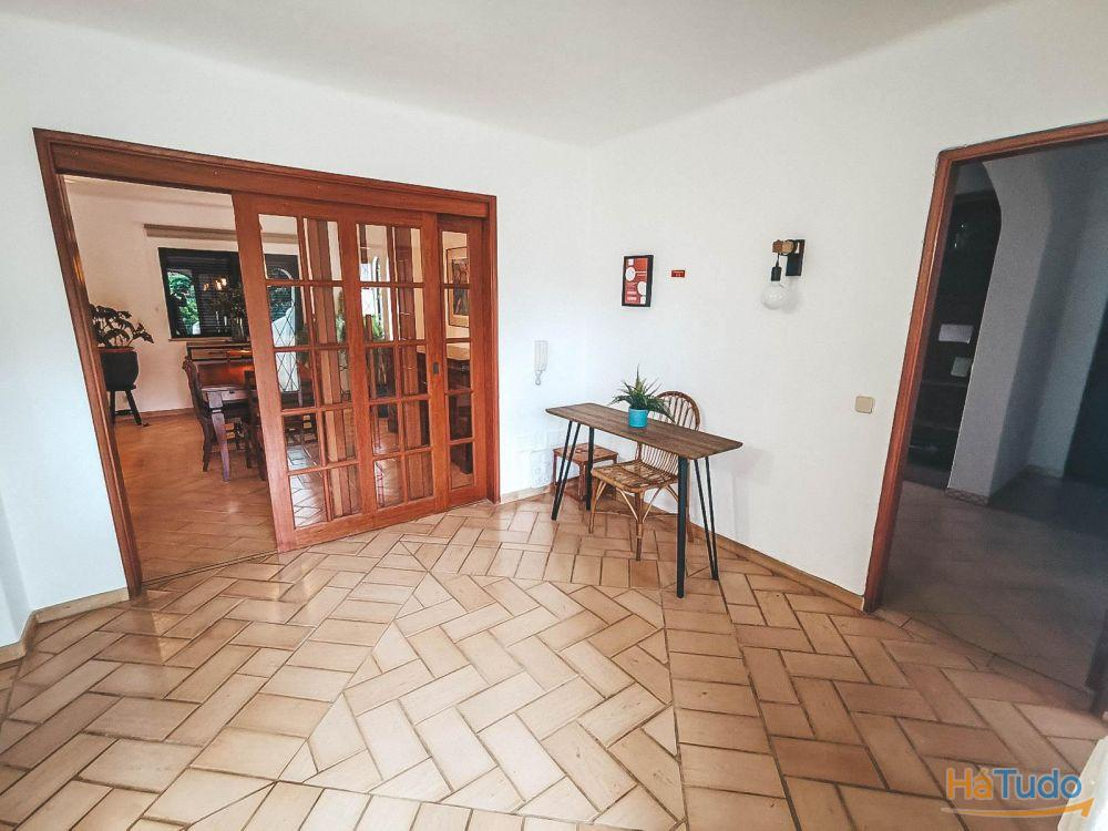 Moradia V6 - para Venda - 'Vila Rosa' - Portimão, Algarve