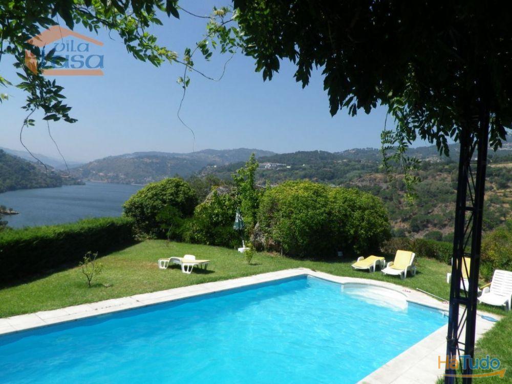 Moradia com vistas para o rio Douro - Resende