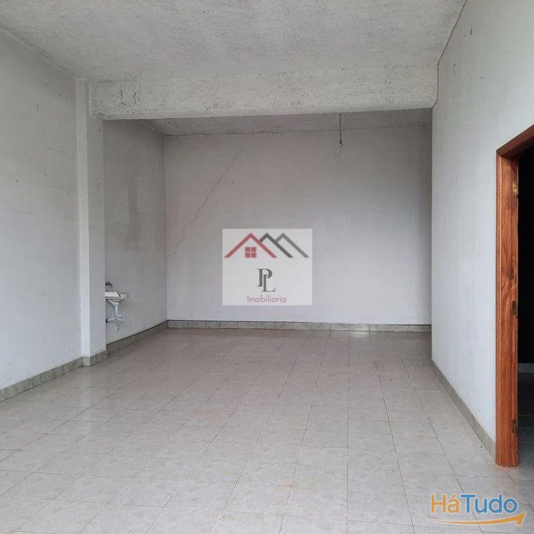 Armazém ( 149m2), em Tábua  (V592PL)