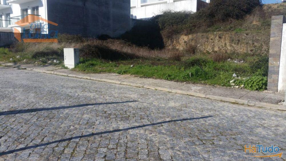 Dois Terrenos para construção c/ vistas para o Rio Douro e Cidade de Peso da Régua