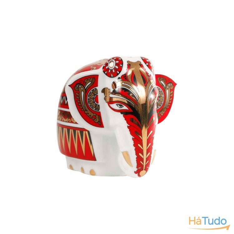 Elefante em porcelana