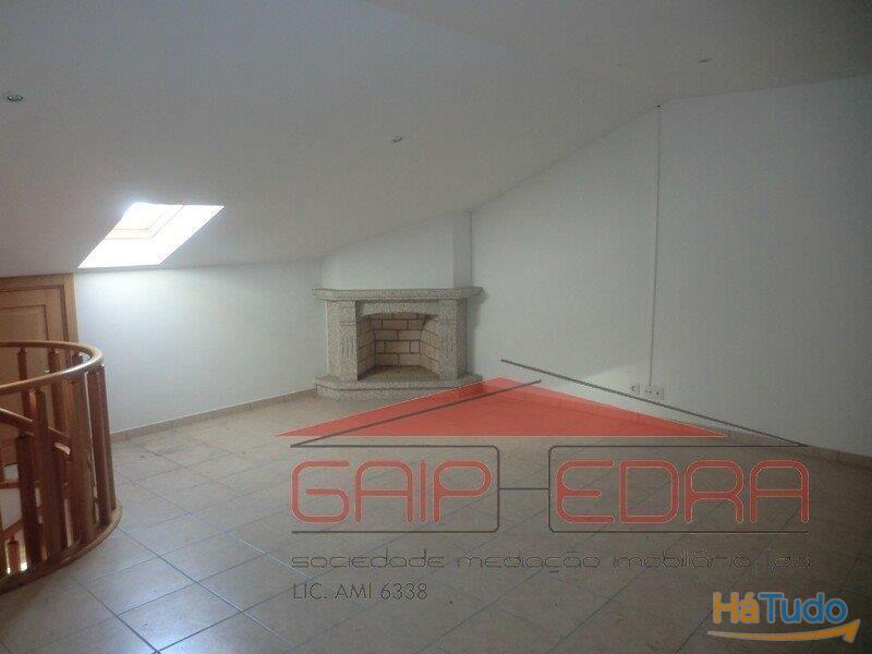 retoma banco t3 duplex Santa Maria da Feira