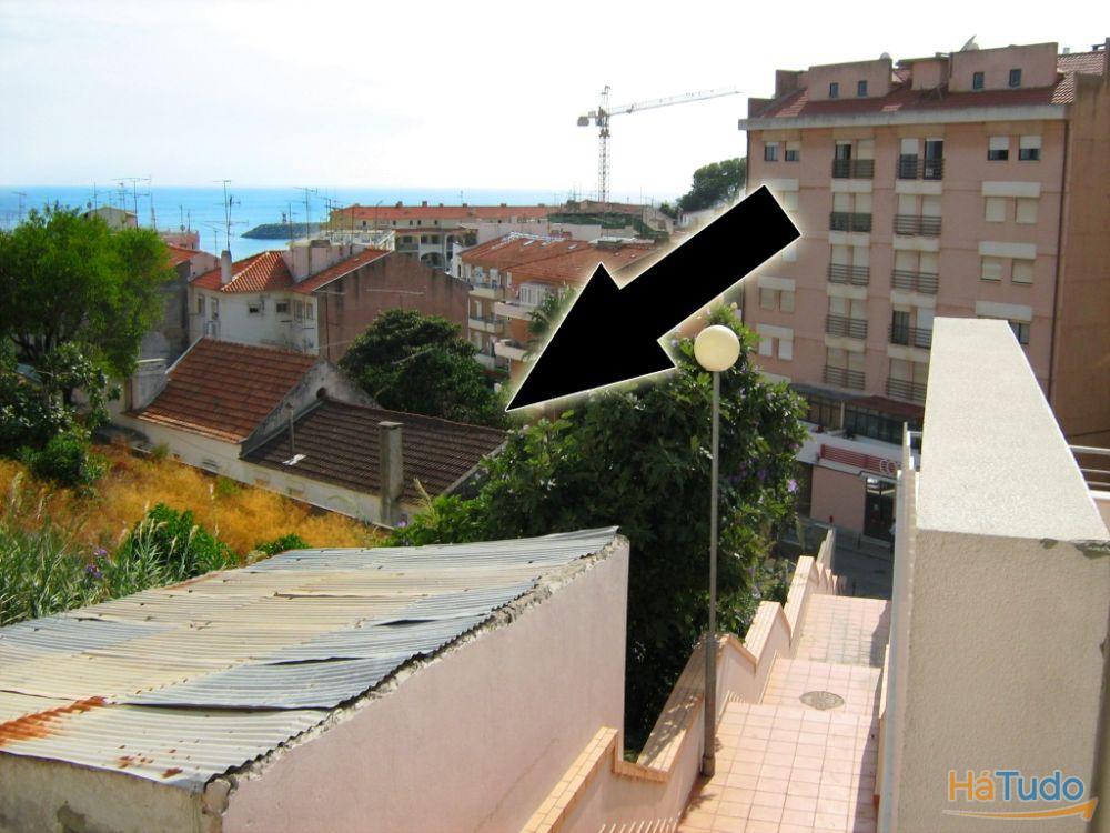 TERRENO PARA CONSTRUÇÃO C/ 1235m2 – CENTRO SESIMBRA