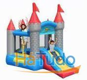 9018N- Insuflável Pentagon- Shaped Castle With Slide